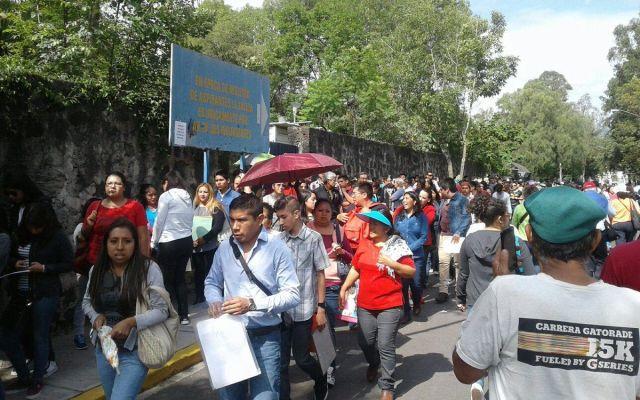 Aspirantes hacen fila en la UNAM para pedir revisión de exámenes - Foto de Foro TV