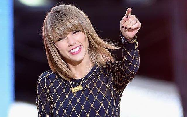 Taylor Swift gana juicio por tocamientos y recibirá un dólar