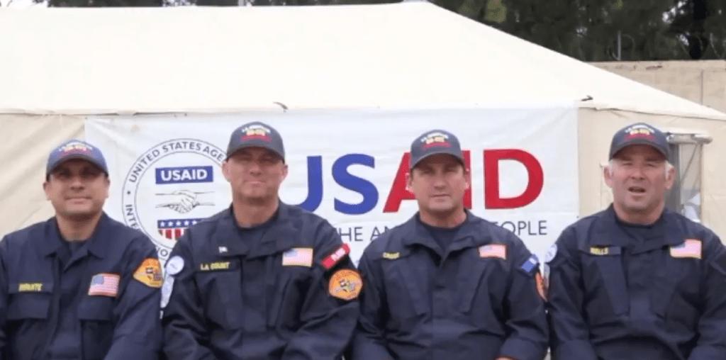 #Video Rescatistas estadounidenses envían mensaje a México