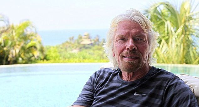 Bezos: vuelo de Branson no tiene altitud suficiente para ser espacial - Richard Branson