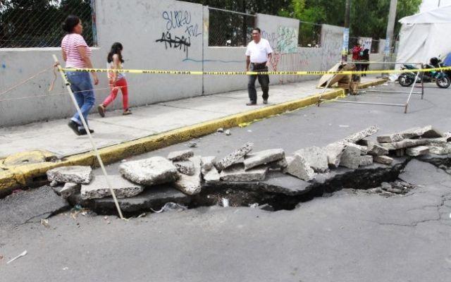 Suelo en Tláhuac se desplazará, pero no colapsará: ingeniera - Foto de Notimex
