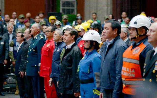 Amor y pasión por el país son la fortaleza de los mexicanos: Peña Nieto - Foto de Presidencia