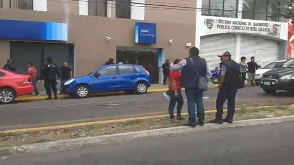 Hieren a una persona tras presunto asalto a cuentahabiente en Oaxaca - Foto de Twitter