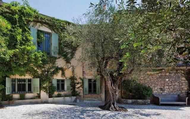Subastan casa de Picasso en 20 millones de euros