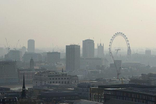 Mueren más de 400 mil europeos al año por contaminación del aire - Foto de internet