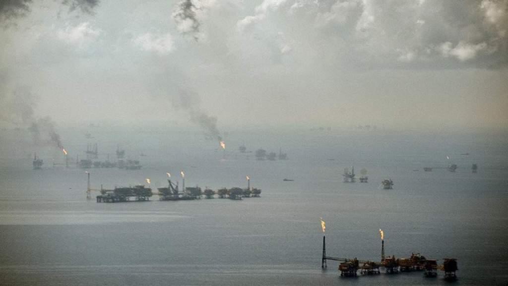 Tubería dañada vierte 9 mil barriles de crudo en el Golfo de México - Foto de El Siglo de Durango