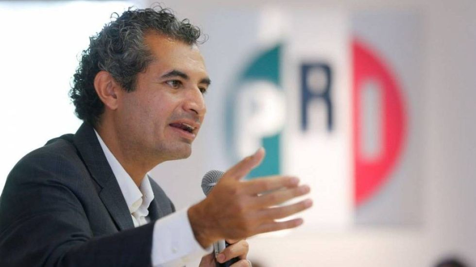 Líder de diputados del PRI niega haber solicitado renuncia de Ochoa Reza
