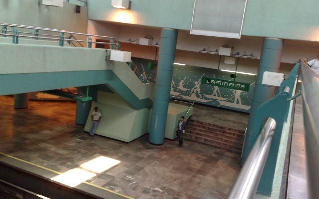 Encuentran víbora en Metro Santa Anita