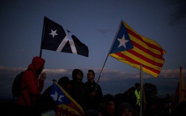 Gobierno español confirma intervención de hackers rusos en Cataluña - Foto de AP