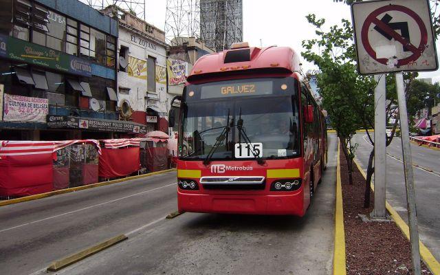 PGJ contempla agentes encubiertos en Metrobús - Foto de Archivo