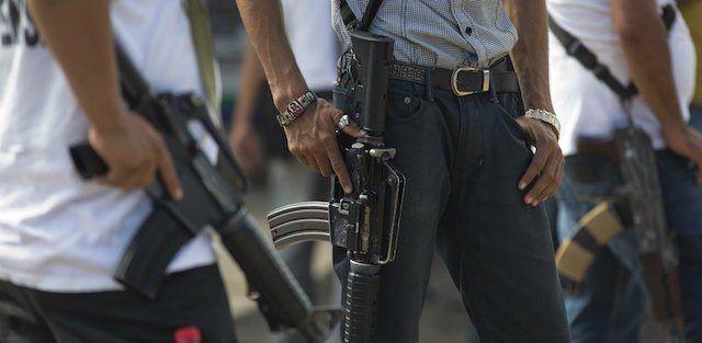 Dan 17 años de prisión a exmilitar que proveía armas a cárteles - Foto de internet