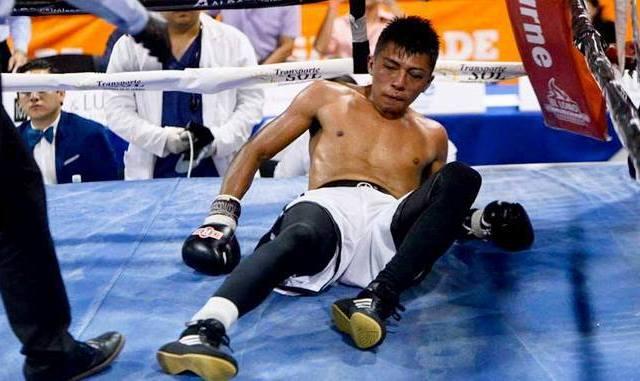 "Muere boxeador salvadoreño Francisco ""Pantera"" Ruiz tras ser noqueado"