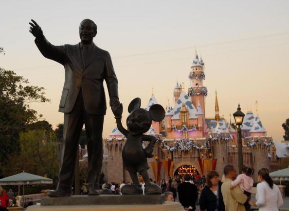 Disney confirma muerte de dos personas intoxicadas por bacteria - Foto de Newsweek