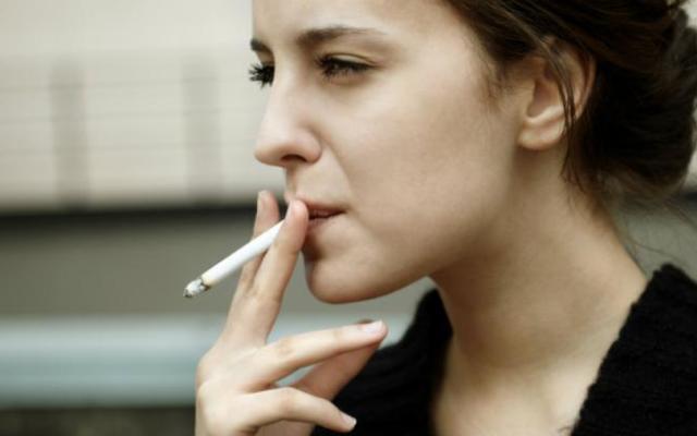 Francia prohibiría películas donde aparezcan personas fumando - Foto de internet