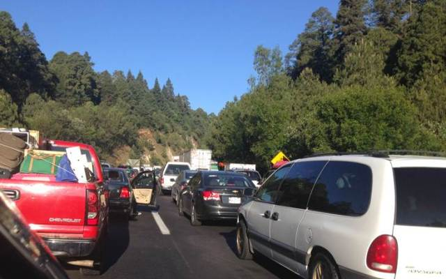 Accidente sobre la carretera México-Toluca