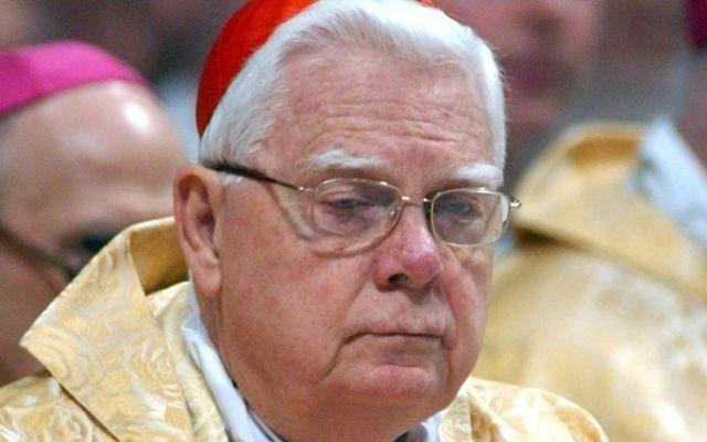 Muere cardenal Bernard Law, figura central en escándalos de abuso - Foto de Internet