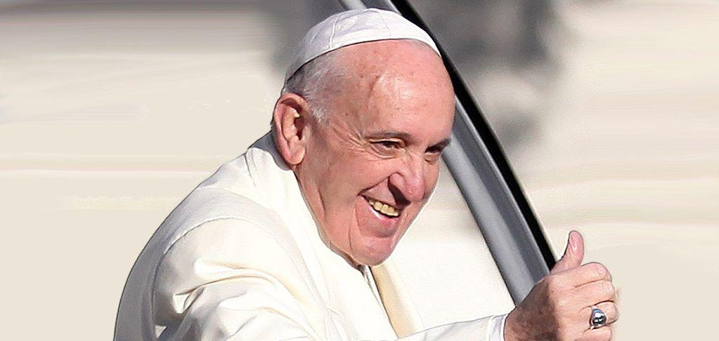 Papa Francisco llama a periodistas a informar, no difamar - Foto de Telemundo