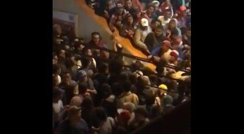 #Video Pelea en Metro Pantitlán en hora pico