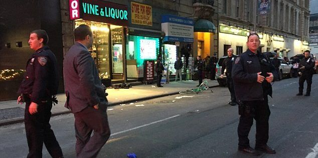 Al menos tres heridos por tiroteo en Manhattan - Foto de Peter Gerber