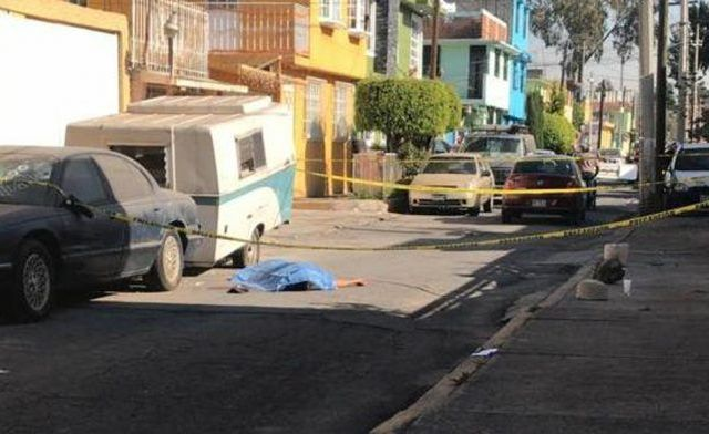 Apuñalan a hombre en Iztapalapa - Foto de Internet