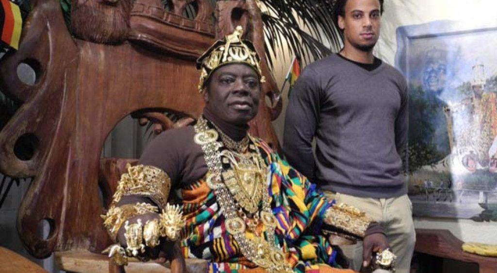 Cefas Bansah, el rey que gobierna a 300 mil personas en Ghana por Skype - Cefas Bansah. Foto de Internet