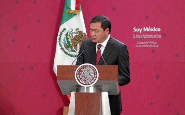 Osorio Chong anuncia su salida de la Segob