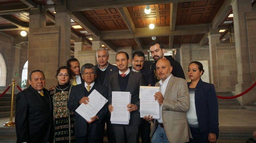 Diputados presentan impugnación contra Ley de Seguridad Interior ante la SCJN - Foto de @Jesus_ZambranoG
