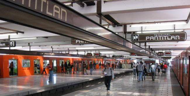 Metro Pantitlán suspende servicio por accidente