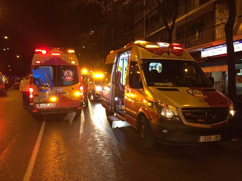 Al menos 26 heridos al colapsar techo de club nocturno en Madrid - Foto de @EmergenciasMad