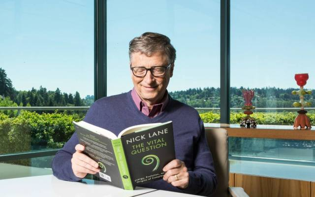 Advierte Bill Gates que EE.UU. perdería su liderazgo mundial con Trump - Foto: Facebook.