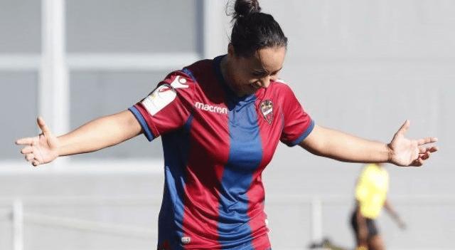 #Video Con gol de Charlyn Corral el Levante rescata empate