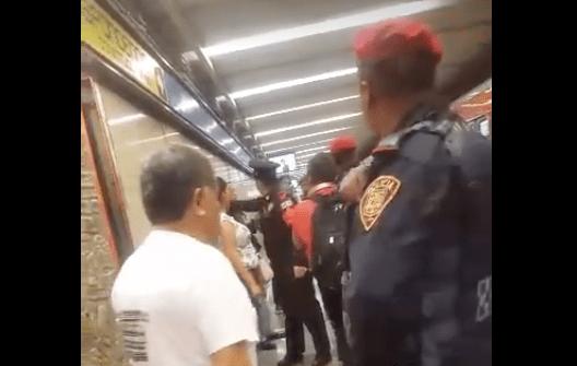 #Video Hombre increpa a supuestas ladronas de celulares en el Metro