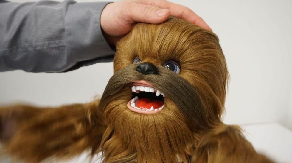 #VIDEO Ya podrás tener tu mini Chewbacca que ruge y se mueve - Foto: Mashable.