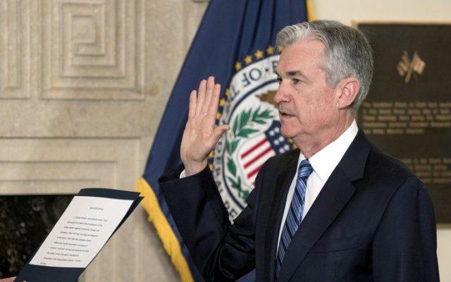 Jerome Powell toma juramento como presidente de la Fed - Foto de AP