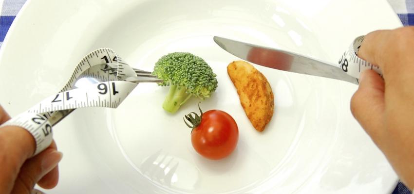 Especialistas advierten riesgo cardiaco por dietas extremas