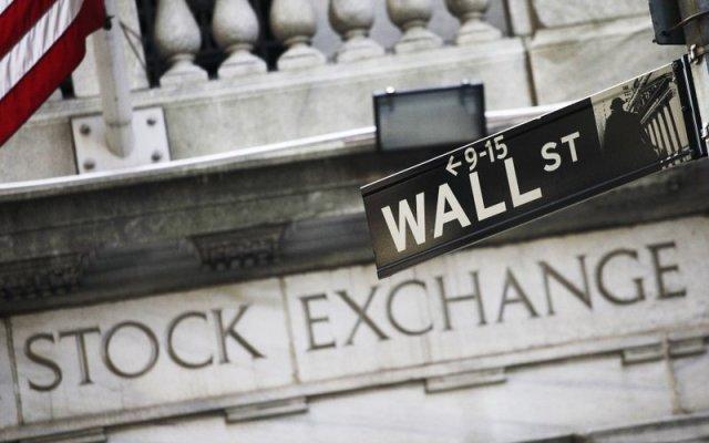 Dow Jones sufre su peor caída en puntos de la historia - Foto de AP