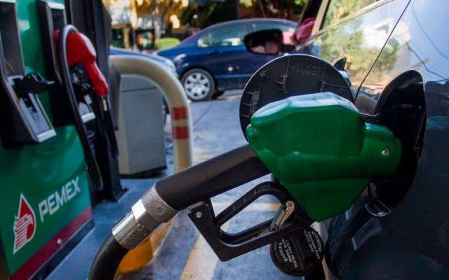 Precio de la gasolina provoca caída de 20 por ciento en su consumo