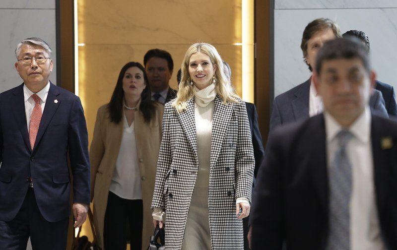 Ivanka Trump llega a Seúl para clausura de JJ.OO. de Invierno - Foto de AP
