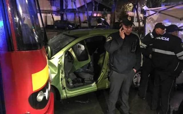 Choque de Metrobús deja dos muertos en la Roma Sur - Foto de Excélsior