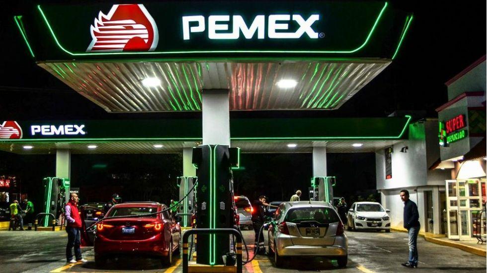 Programa energético y económico podrían dañar a Pemex: Fitch Ratings - Foto de Facebook