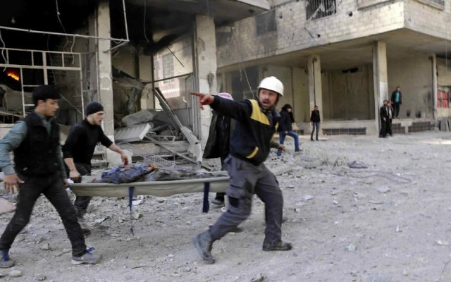 Ataque del gobierno sirio deja 100 muertos en Damasco - Foto de AP