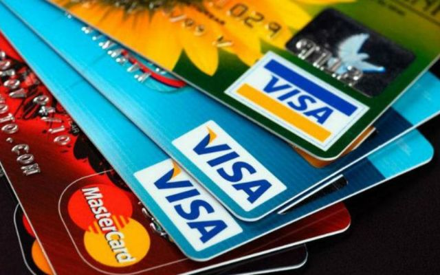 Bancos regresan la anualidad al cancelar tarjeta de crédito - Foto: Internet.