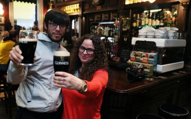 Bares irlandeses abren por primera vez en 90 años en Viernes Santo - Foto de Internet