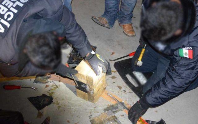 Hallan heroína oculta en batería de auto en carretera de SLP - Foto de @MrElDiablo8