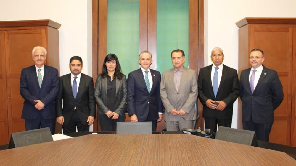Va 'Jefe Vulcano' a Comisión de Reconstrucción de CDMX - Foto: Gobierno de la CDMX.