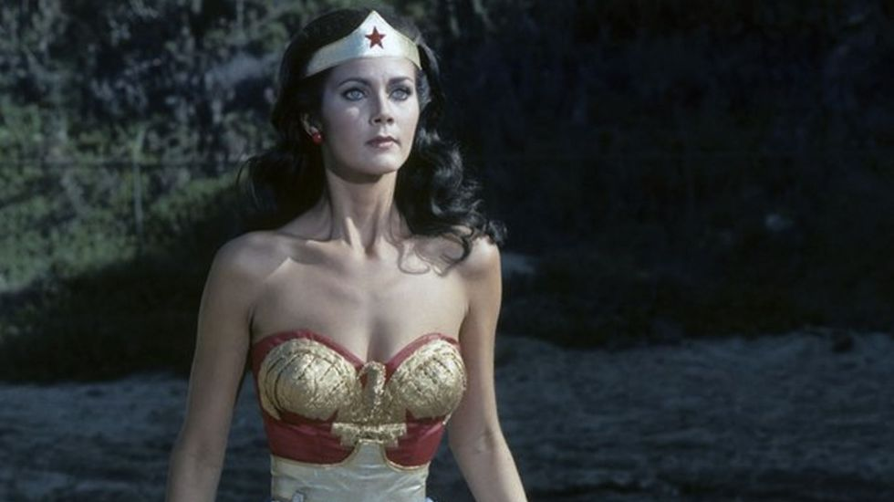 Lynda Carter denuncia abuso sexual