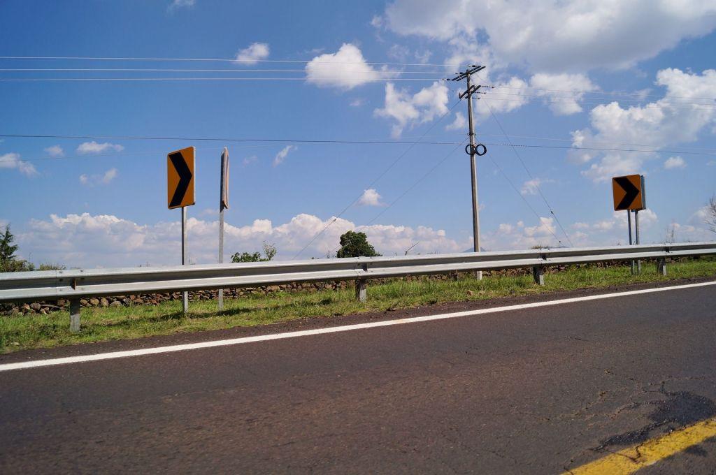 ¿Cuál fue la primera carretera de México?