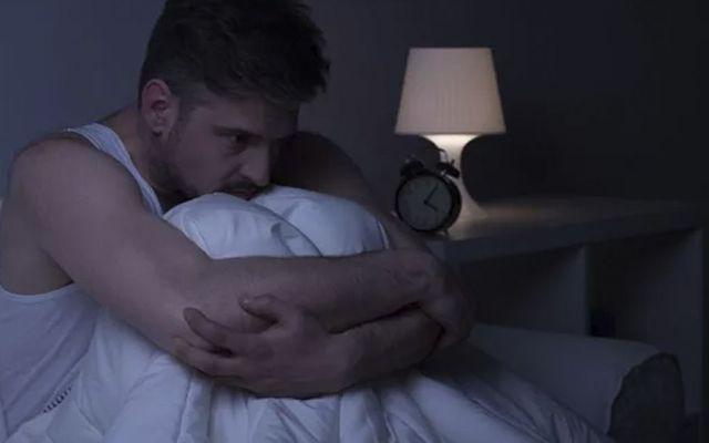 Sismos y teléfonos celulares generan trastorno del sueño