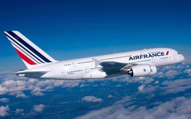 Air France ajusta vuelos a Medio Oriente por eventual bombardeo de Siria - Foto de Archivo