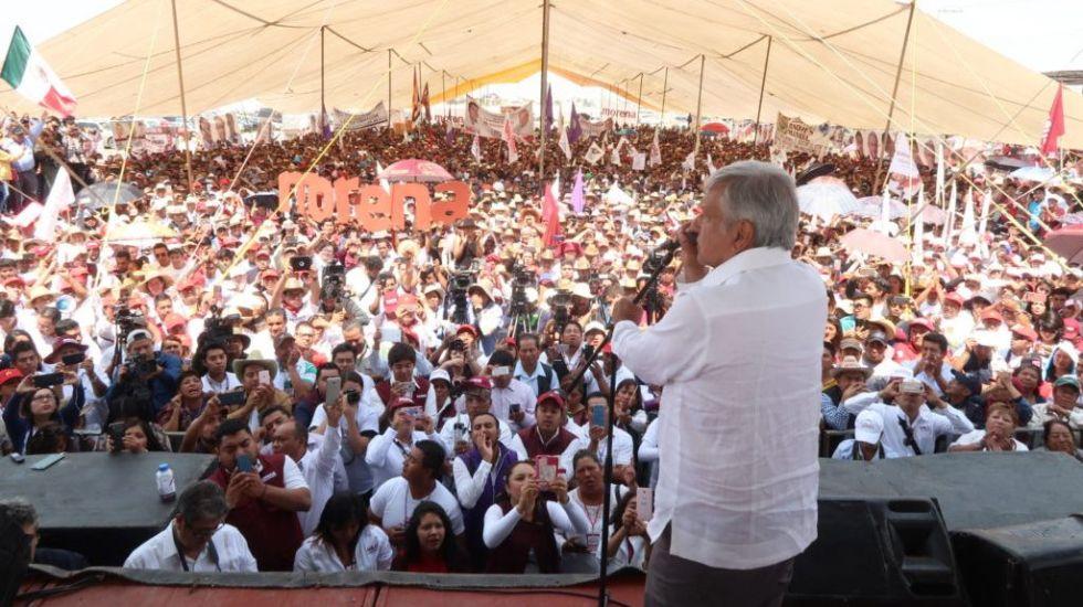 Seguirán sumándose a Morena militantes y dirigentes del PAN y PRI: AMLO - Foto de Morena